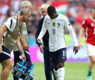 L'international français Ousmane Dembélé est sorti sur blessure contre la Hongrie © DR