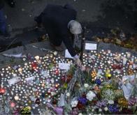 Hommage aux victimes des attentats terroristes de Paris, en France © AFP