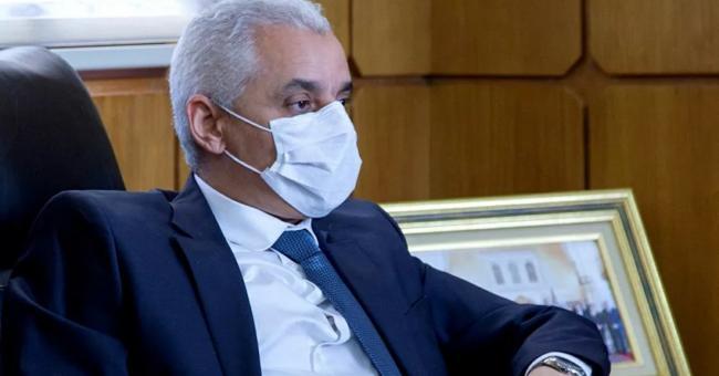 Covid-19 : les marchés convenus par le ministère de la Santé font encore polémique