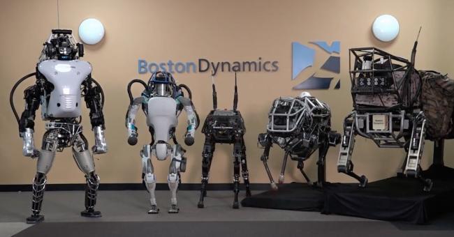 Aux États-Unis, un robot danse le rock