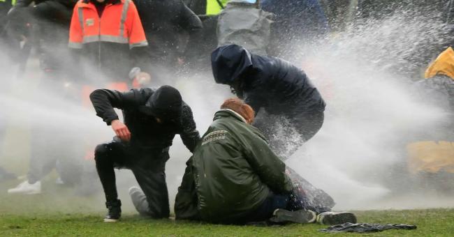 Covid-19 : les Néerlandais protestent contre les nouvelles restrictions