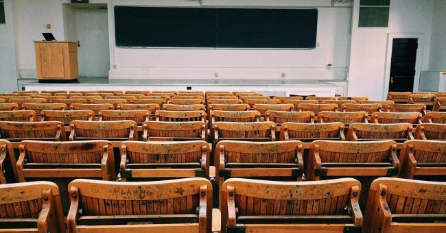 Les universités adopteront le système de Bachelor en 2021