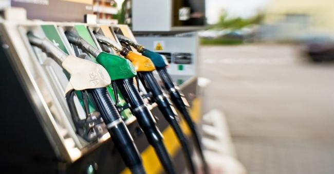Dépôts clandestins de carburant : les pouvoirs publics doivent réagir