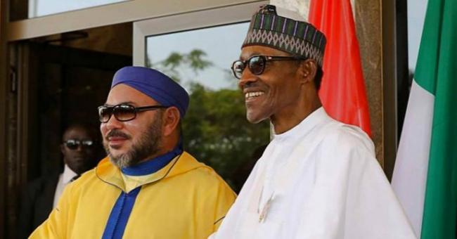 Le roi Mohammed VI en compagnie du président nigérien Muhammadu Buhari © DR