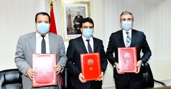 Signature de la convention de partenariat entre Alsa Transport Maroc et la province de Rhamna © DR
