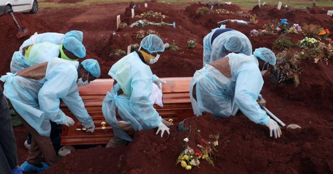 Covid-19 : l'Afrique ravagée par une troisième vague meurtrière