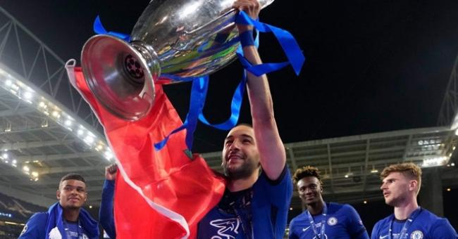 Hakim Ziyech remporte sa première Ligue des Champions avec Chelsea © DR